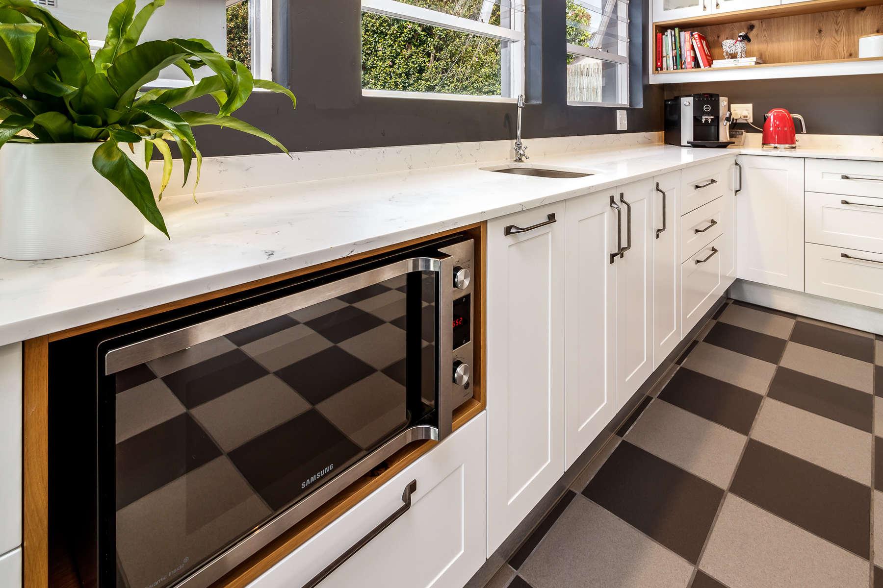 Bailey kitchen 6
